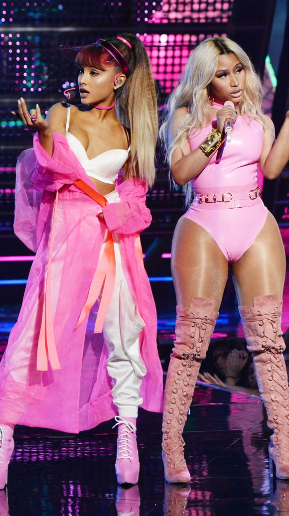 Ariana Grande and Nicki Minaj perform 'Side to Side'