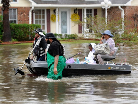 Four Dead 20 000 Rescued From Louisiana Flooding
