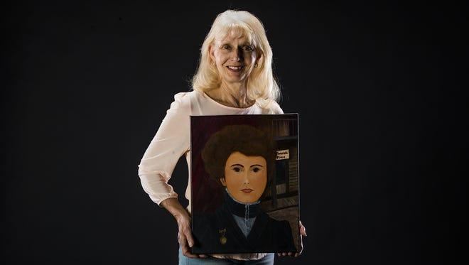 Anne Marie Carrington of Maricopa created her piece, Belgian Jennie.