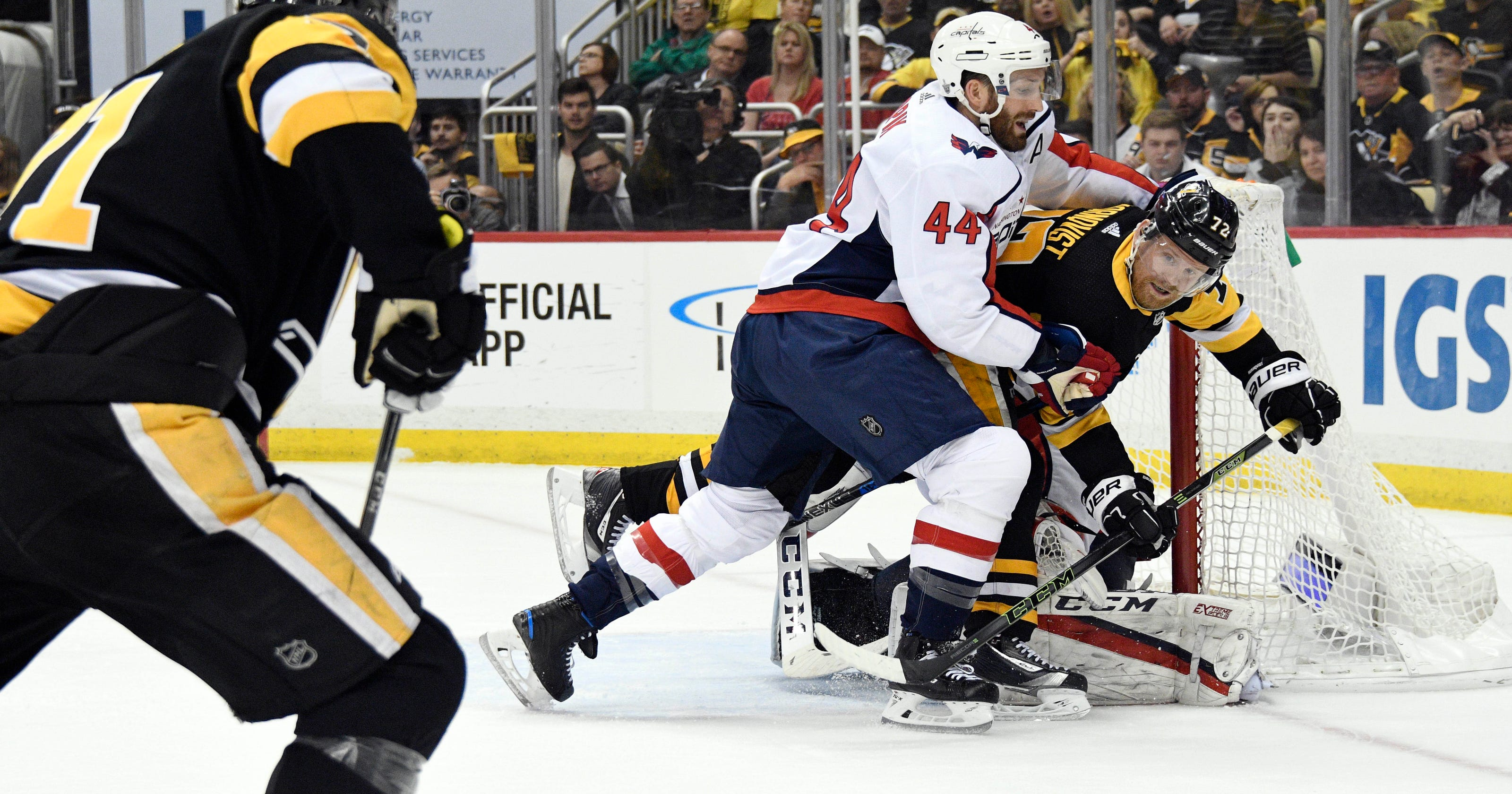 60c835ee0c7 NHL Playoffs  Penguins beneficiary of Game 4 goal review vs. Capitals