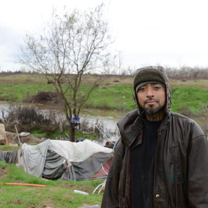 Homeless encampment cleared in Visalia