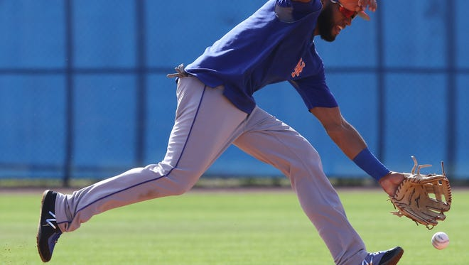 The Mets workout this morning.  Amed Rosario working out at shortstop.