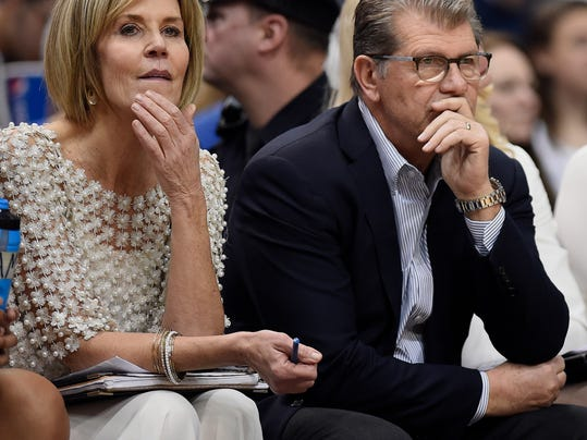 Connecticut head coach Geno Auriemma, right, and associate head coach Chris Dailey watch reserves play during the second half of an NCAA college basketball game against Cincinnati, Sunday, Feb. 4, 2018, in Hartford, Conn. (AP Photo/Jessica Hill)