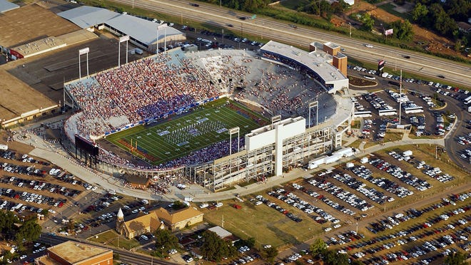 An aerial view of Independence Stadium prior to Louisiana Tech's game with Miami in Shreveport in 2003.