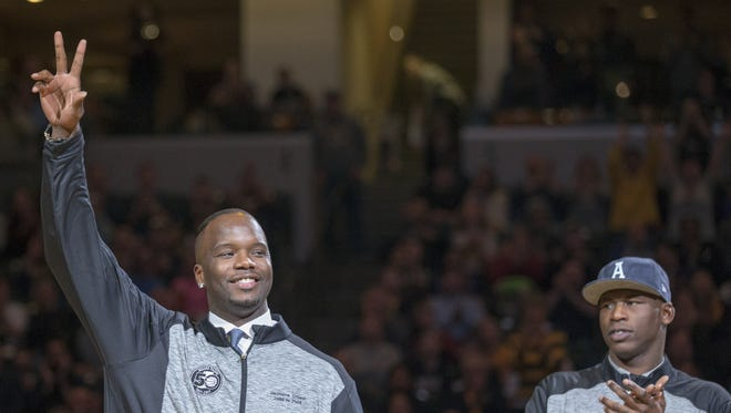 Jermaine O'Neal (left), and Al Harrington are honored at halftime, Indiana Pacers vs. Miami Heat, Bankers Life Fieldhouse, Indianapolis, Sunday, March 12, 2017. Indiana won 102-98.