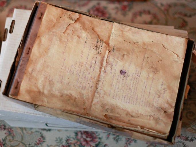 Box of manuscripts from the Birdman of Alcatraz, Robert Stroud