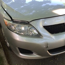 the damage to robert ruginis 39 2010 toyota corolla that he. Black Bedroom Furniture Sets. Home Design Ideas