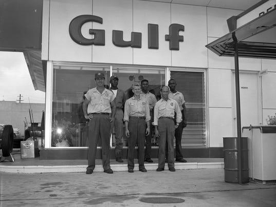 Gulf-station-attendants-Tally.jpg