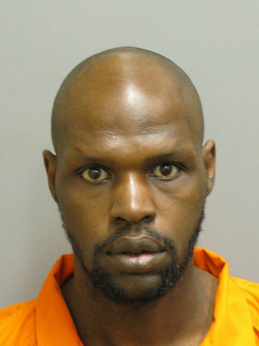 636573081497719658-Cederick-Hall-is-charged-with-robbery..jpg