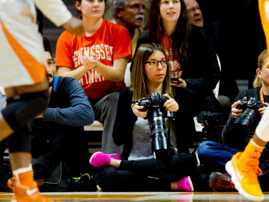 Brianna Paciorka shoots a UT basketball game.