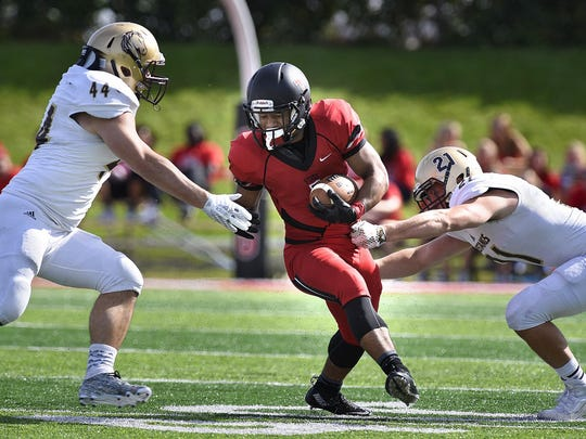 St. Cloud State's Jaden Huff runs with the ball during