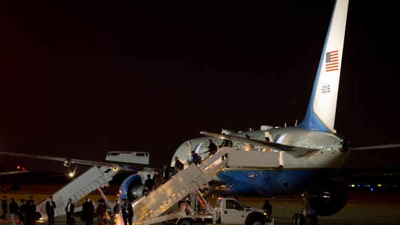 A back-up Air Force One lands at Andrews Air Force