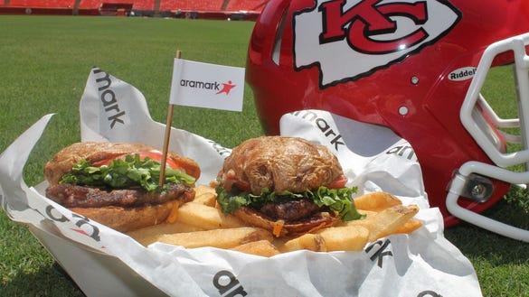 Ranking the 10 craziest stadium foods for the 2017 NFL season