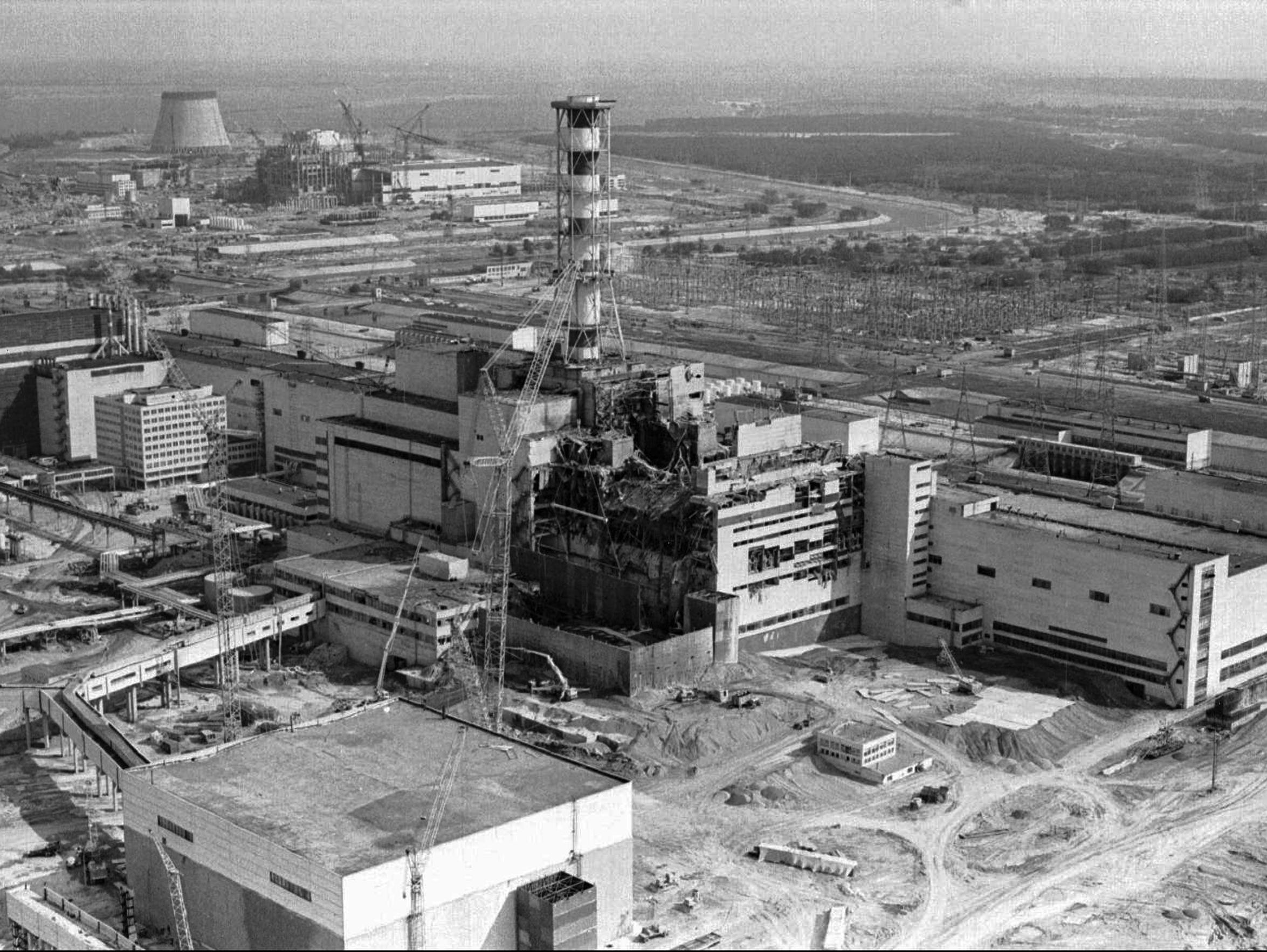 This 1986 aerial view of the Chernobyl nuclear plant