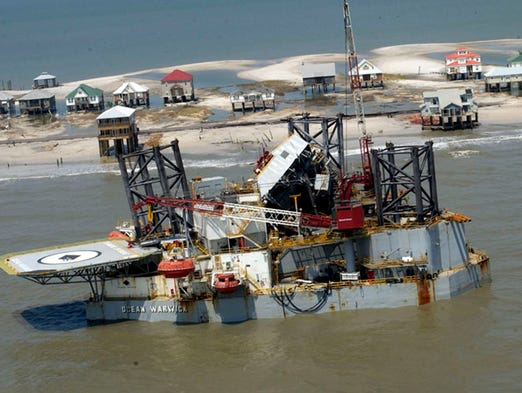 A oil rig was broke from it moorings and washed upon