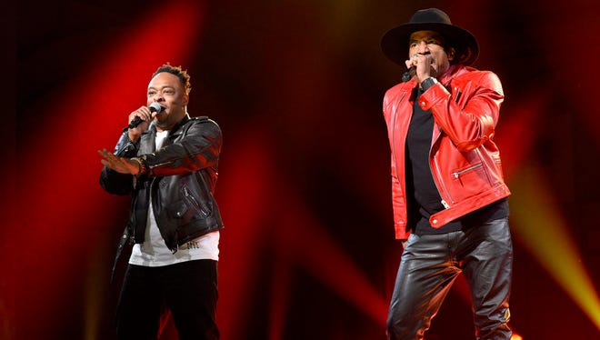 Jarobi White and Q-Tip of A Tribe Called Quest performs on 'Saturday Night Live' on Nov. 12.