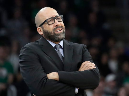 New York Knicks coach David Fizdale reacts from the bench during the first quarter of the team's NBA basketball game against the Boston Celtics, Friday, Nov. 1, 2019, in Boston. (AP Photo/Elise Amendola)