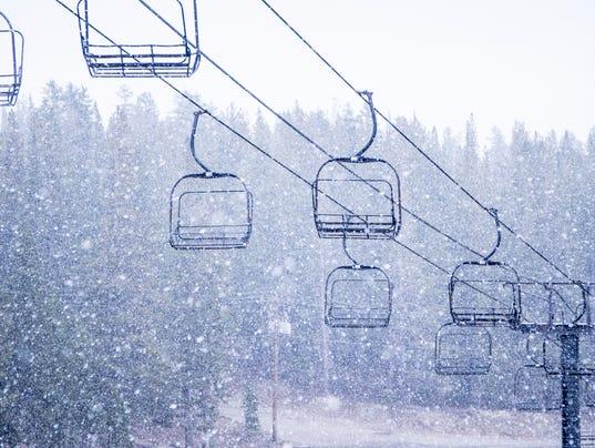 636093793194542216-9-13-16-snowing-0224.jpg
