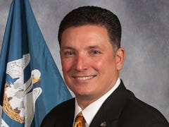 Governor's race: Schroder's out; Hewitt's on the clock