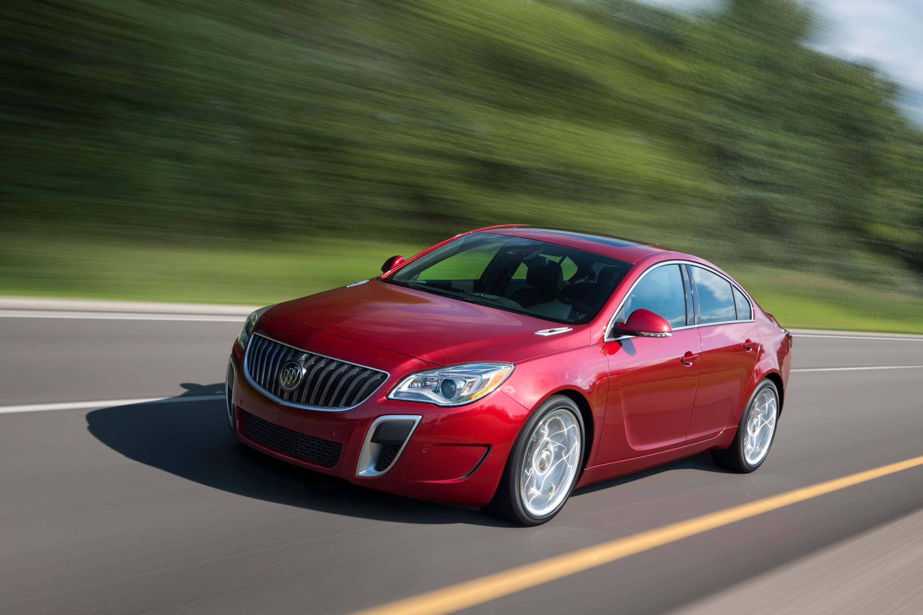 2015 Buick RegalGS 021(1)