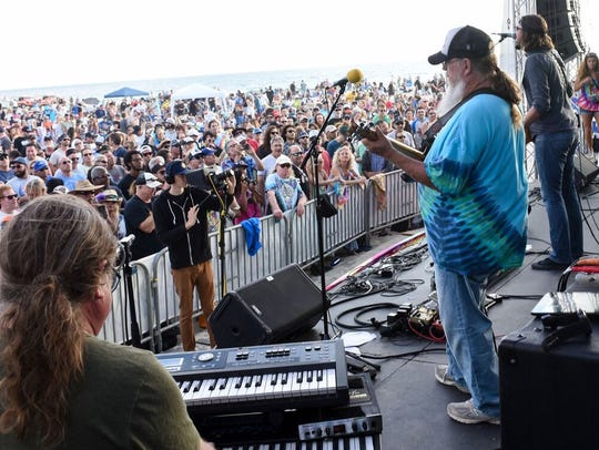 Grateful Dead tribute band Cubensis will perform April