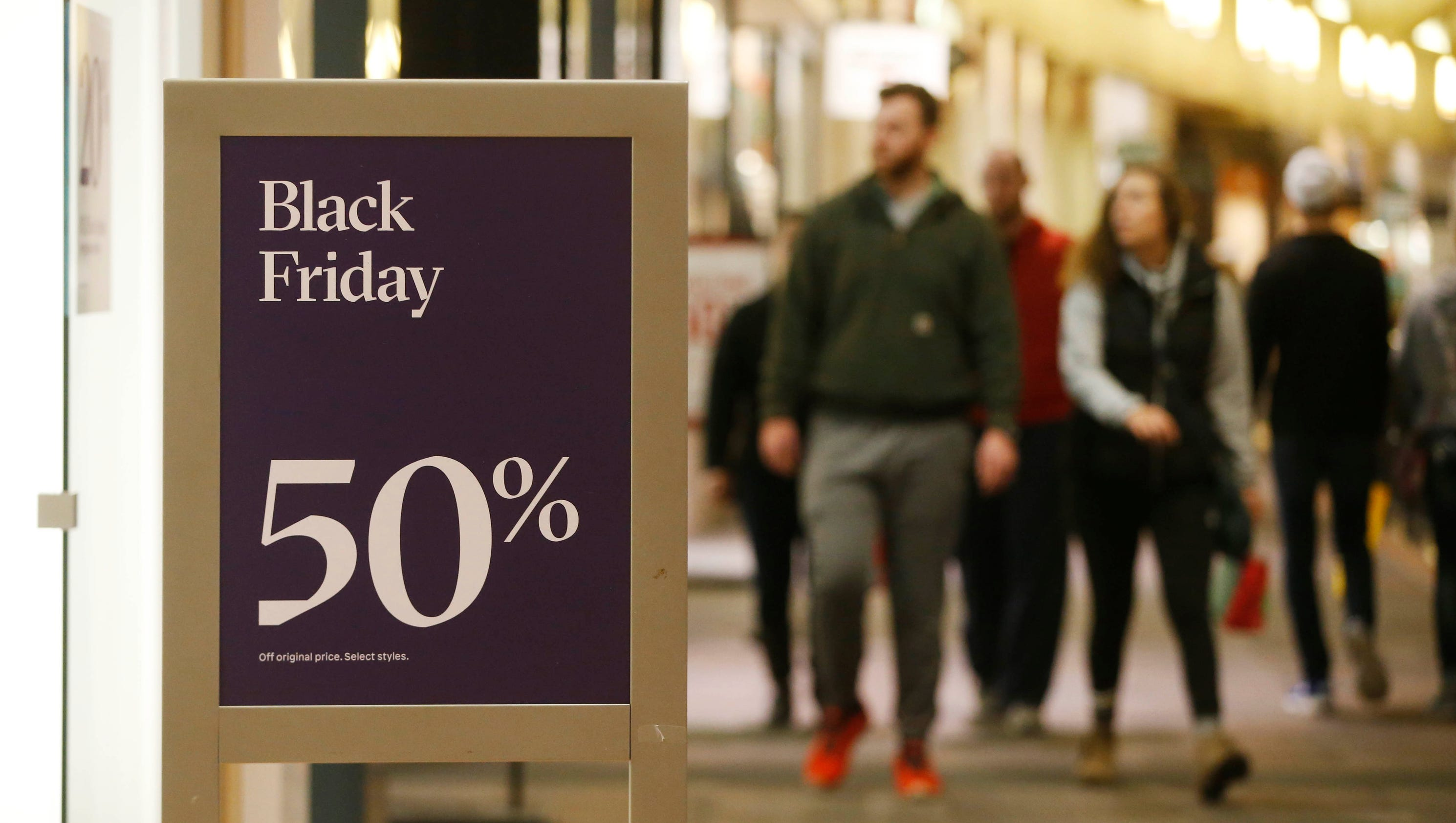 Doorbusters deals won over iowa black friday shoppers - 3 suisses black friday ...