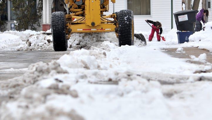 Police: Use caution on central Wisconsin roads today