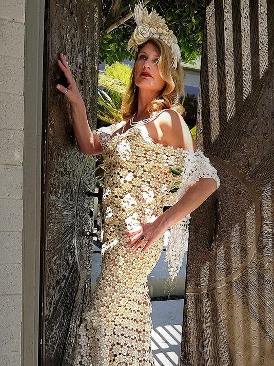 636640719990506486-Toilet-Paper-dress-2.jpg