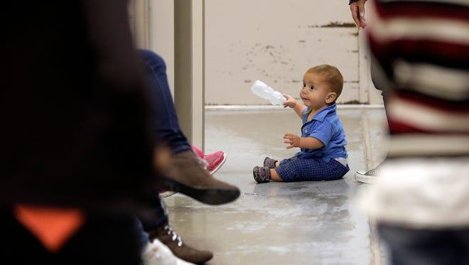 El Centro de Detención de Menores migrantes en Nogales que hasta el mes pasado había alojado a miles de niños centroamericanos, se encuentra casi vacío, confirmaron autoridades migratorias.
