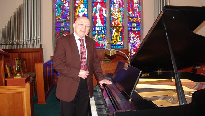 Roger Besst started playing piano in 1955 at the age of 10. He plans to release a CD of Christmas songs in 2019 and do a live concert in 2020.