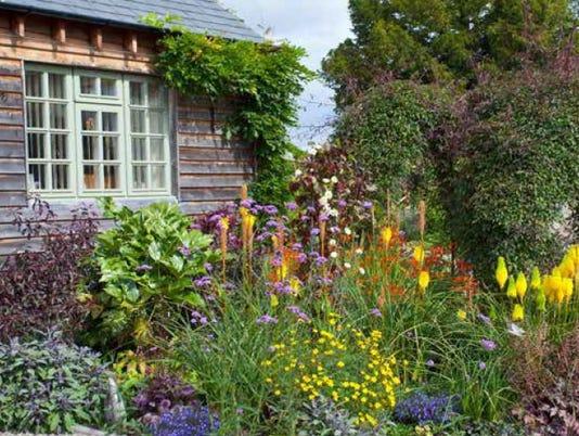 636312332091685242-garden.jpg