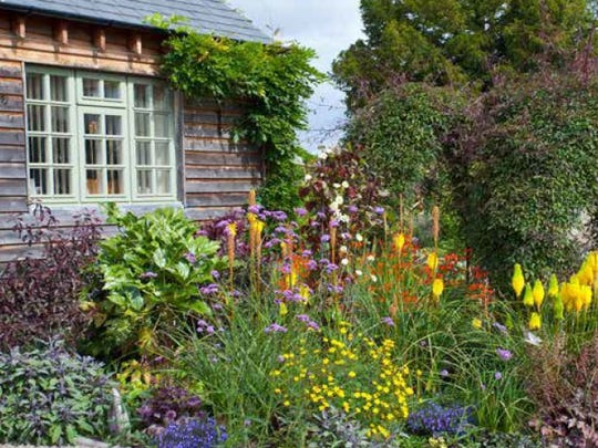 The Tewksbury Historical Society has partnered with the Garden Club of the Hunterdon Hills to jointly sponsor this secondbiennial Tewksbury Historic House & Garden Tour.