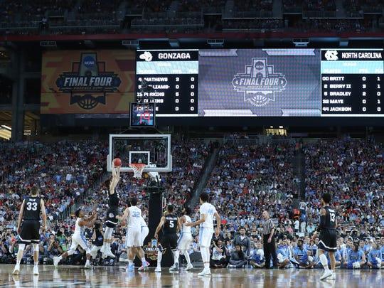 Gonzaga and North Carolina battle for the NCAA Championship