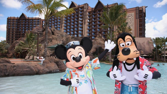 MICKEY MOUSE AND GOOFY VACATION AT AULANI -- With its fun recreation features and restaurants, its comfortable rooms, and its combination of Disney magic with Hawaiian beauty, tradition and relaxation, Aulani, a Disney Resort & Spa in HawaiÔi, offers a new way for families to vacation together on the island of OÔahu. (Paul Hiffmeyer/Disney Destinations)