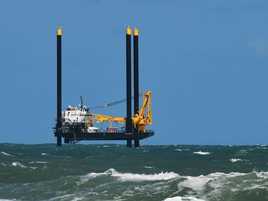 Big rig lift boat