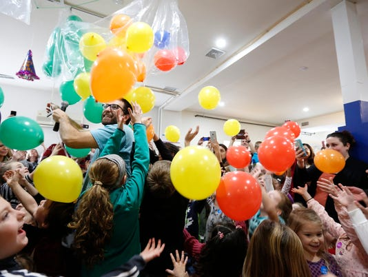 1-Lede-Childrens New Years Eve Party