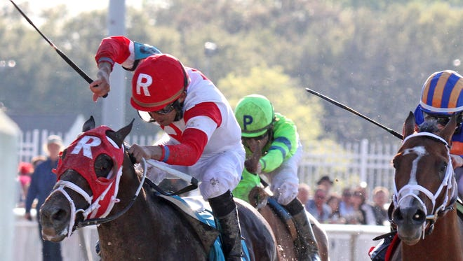 Miguel Mena won the Louisiana Derby on International Star to sweep the Fair Grounds' three-race series of Kentucky Derby prep races.