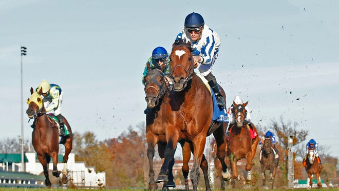 Heart to Heart kept his record perfect Thursday at Churchill Downs by taking the River City Handicap.