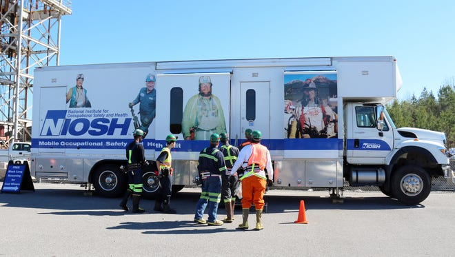 NIOSH's mobile surveillance unit will offer free, confidential screenings to coal miners in Tennessee and eastern Kentucky next month.
