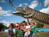 Record-Setting Roadside Attractions