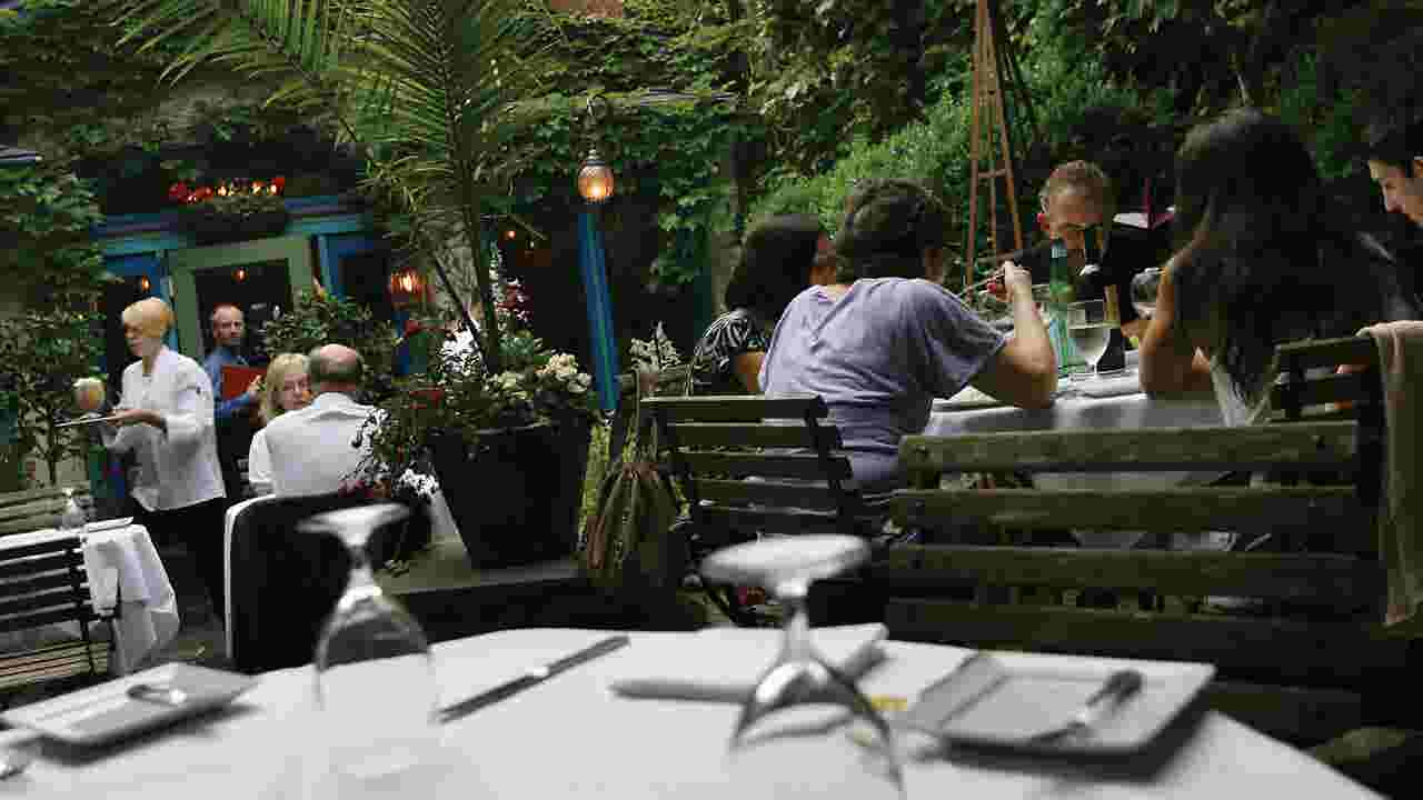 Nice Weather Is Back And So Al Fresco Dining In Millburn Short Hills