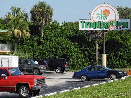 -tropical inn 2.jpg_20140806