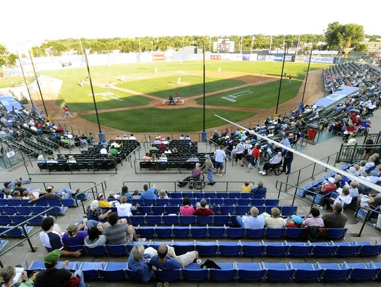 The Canaries average 2,801 fans a game at Sioux Falls
