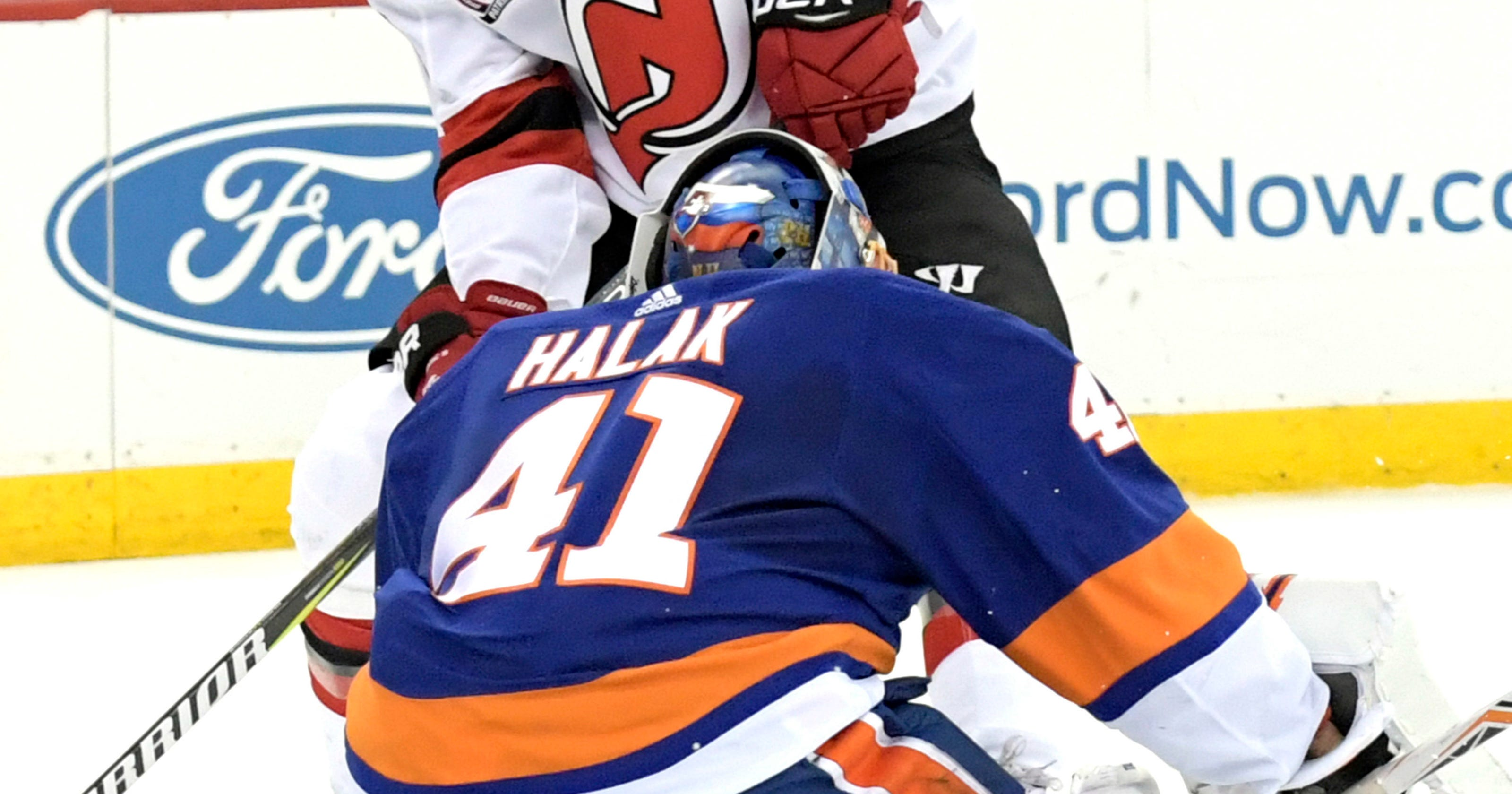 buy online cd571 ef48b Palmieri scores twice in third to lead Devils past Islanders