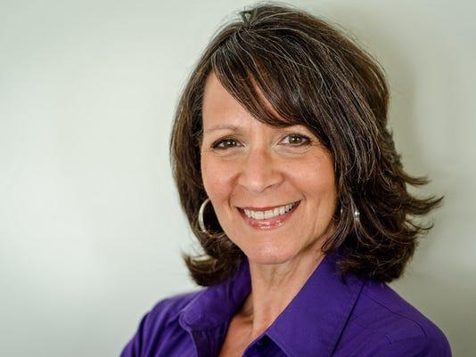 Donna Rawady headshot.jpg