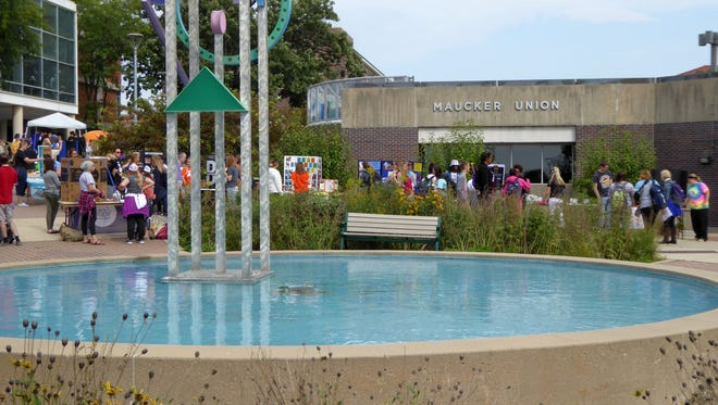 Students participate in an information fair Sept. 14, 2016, outside Maucker Union on the University of Northern Iowa campus.