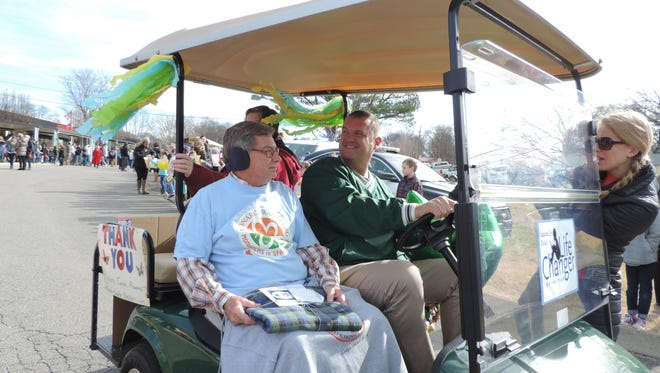 Union Elementary first grade teacher David Collins was greeted by students from throughout his 44-year career in a parade Jan. 31, 2018. Collins has been nominated for the LifeChanger of the Year Award.