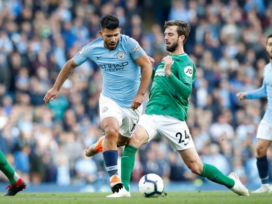 Britain_Soccer_Premier_League_83738.jpg