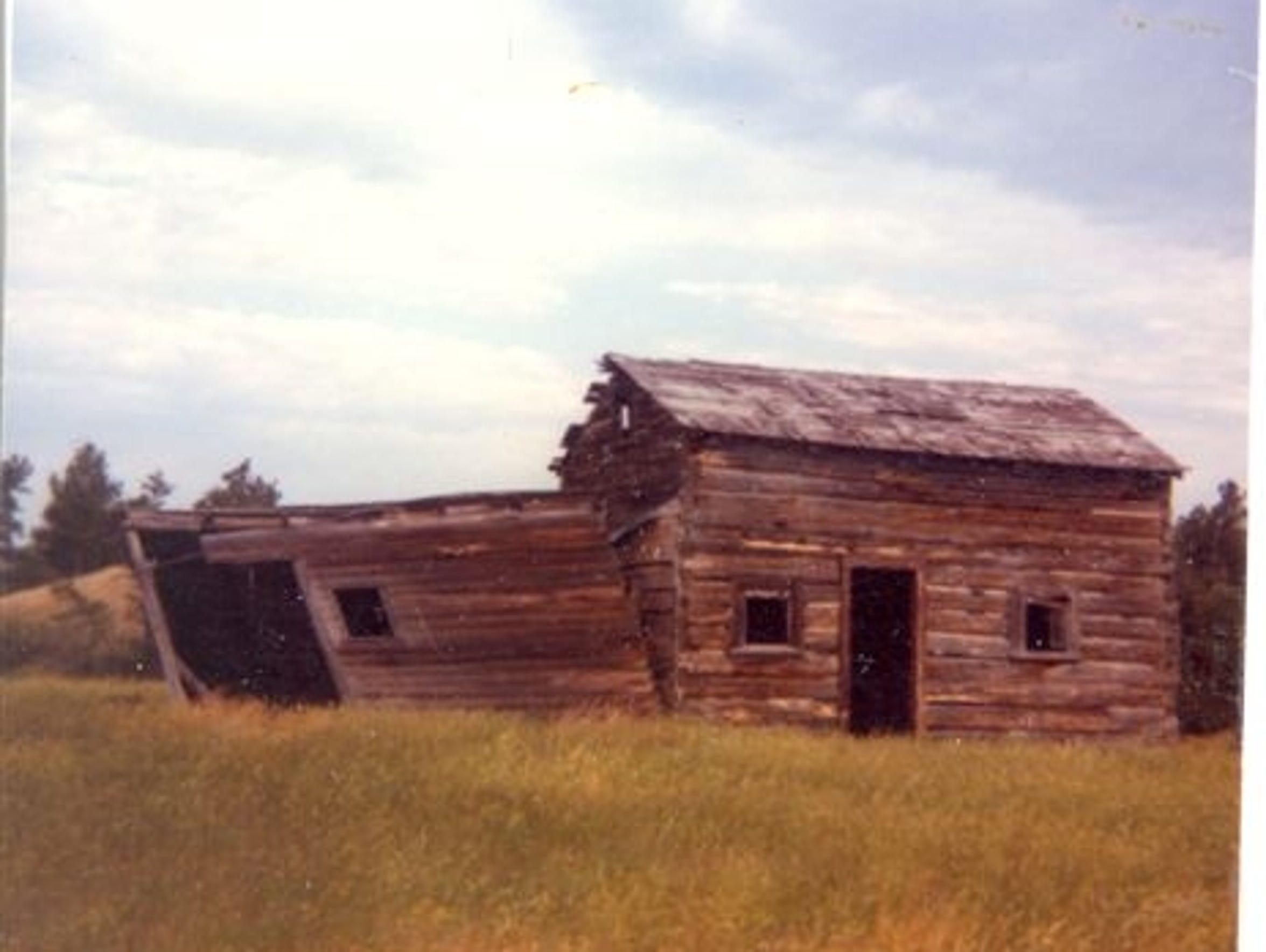 A historic photo shows the Wartzenluft homestead in