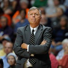 Seattle Storm hire former Stars coach, GM Dan Hughes